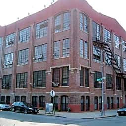 345 Eldert Street Apartments - Brooklyn, New York 11237