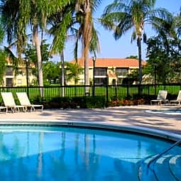 Star Pointe - Coconut Creek, Florida 33063
