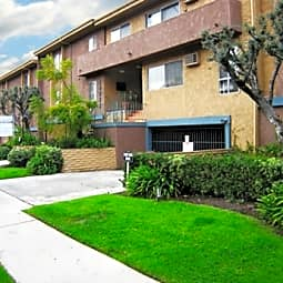 10773 Lawler Street Apartments - Los Angeles, California 90034