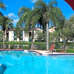 Sunscape Apartments - Tampa, Florida 33613