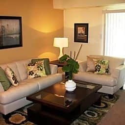 Crystal Lakes Townhomes - Richmond, Virginia 23234