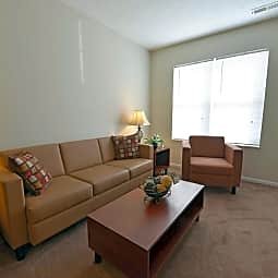 Coventry Apartments - Newark, Ohio 43055