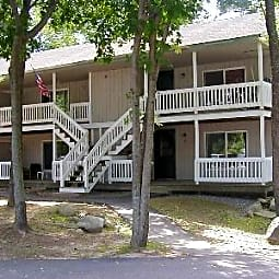 Salmon Street Apartments - Newmarket, New Hampshire 3857