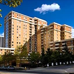 Archstone Rosslyn - Arlington, Virginia 22209