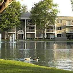 Versailles On The Lake - Santa Ana, California 92704
