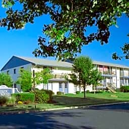 Mystic Point Apartments & Townhomes - Somers Point, New Jersey 8244