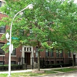 901 West Agatite Apartments - Chicago, Illinois 60640