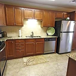 Jefferson Place Condominiums - Baton Rouge, Louisiana 70809