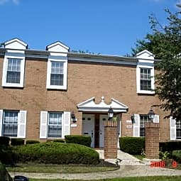 Windsor Terrace Apartments - New Windsor, New York 12553