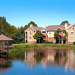 Lakeside Apartments - Centreville, Virginia 20121