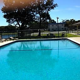 Royal Palm Apartments At Olive Glen Glen - Pompano Beach, Florida 33064