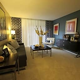 Brookstone Apartment Homes - Covina, California 91722