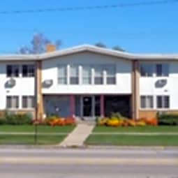 South Crest Apartments - Kenosha, Wisconsin 53143