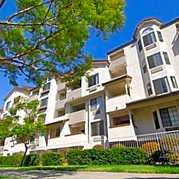 One Park Apartments - Chula Vista, California 91910