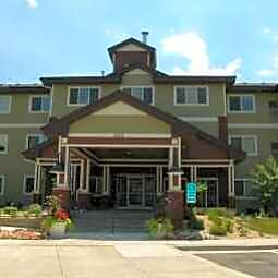 Lakewood Place Apartments - White Bear Lake, Minnesota 55110