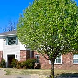 Cambridge Park Apartments - Springdale, Arkansas 72764