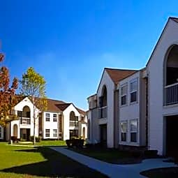 Lake Village of Port Huron Apartments - Port Huron, Michigan 48060