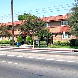 Casa Madrid - Van Nuys, California 91405