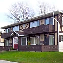 Highland Apartments - Spring Lake, Michigan 49456