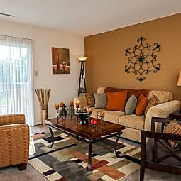 Woodridge Apartment Homes - Indianapolis, Indiana 46260