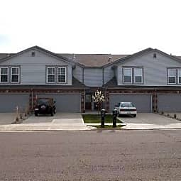 Pebblebrook Apartments and Townhomes - Anna, Ohio 45302