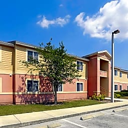 Country Walk Apartments - Wauchula, Florida 33873