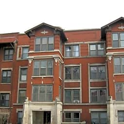 5049 S. Drexel Boulevard - Chicago, Illinois 60615