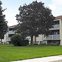 The Lake Shore Apartments - Ypsilanti, Michigan 48198