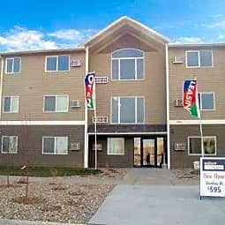 Auburn Manor Apartments - Sioux Falls, South Dakota 57107