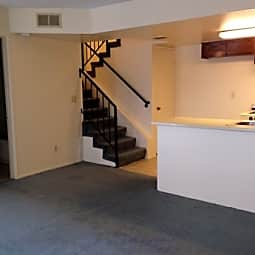 Orchard Plaza Apartments - Montebello, California 90640