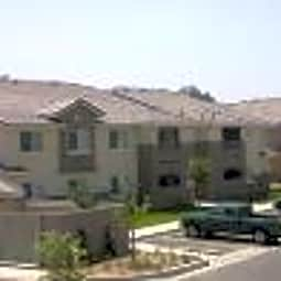 Casa Loma Apartments - Bakersfield, California 93307