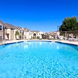 Las Lomas Apartment - Espanola, New Mexico 87532