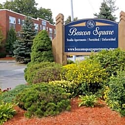 Beacon Square - Chicopee, Massachusetts 1020