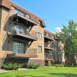 Laurel Estates Apartments - Golden Valley, Minnesota 55416