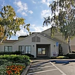 Lakeshore Apartments - Antioch, California 94509