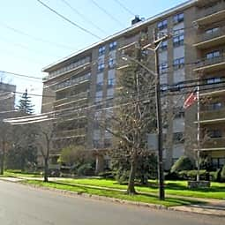 Grand Imperial Apartments - Hackensack, New Jersey 7601