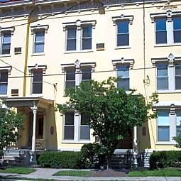 Salutaris House - Cincinnati, Ohio 45206
