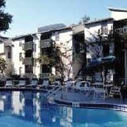 Valrico Station Apartments - Valrico, Florida 33594