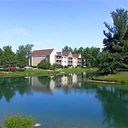 Kellogg Cove Apartments - Kentwood, Michigan 49548
