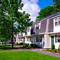 Parke Place Townhomes - Seabrook, New Hampshire 3874