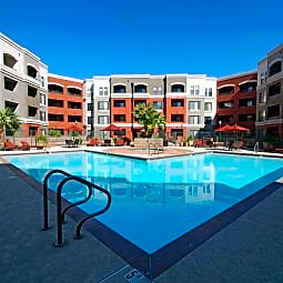 Alanza Place - Phoenix, Arizona 85008