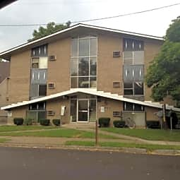 D.C. I Apartments - Dayton, Ohio 45406