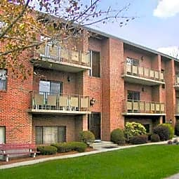 Rosemary Lake Apartments - Needham, Massachusetts 2494