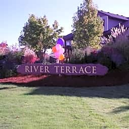 River Terrace - Eugene, Oregon 97401