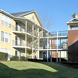 The Veranda At Auburn - Auburn, Alabama 36832