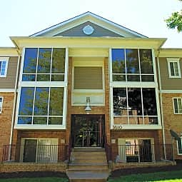 Briarwood Apartments - Dumfries, Virginia 22026