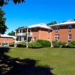 Lindsley Arms Apartments - Morristown, New Jersey 7960