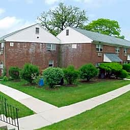 Clara Barton Apartments - Edison, New Jersey 8837