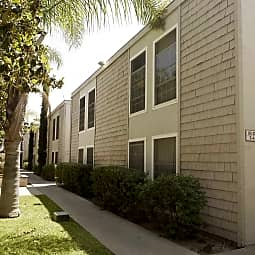 Adelaide Pines Apartments - Concord, California 94520