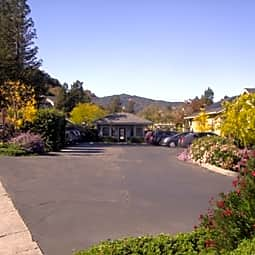 McInnis Park Apartments - San Rafael, California 94903